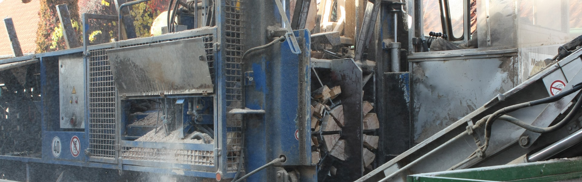Spaltautomat - sägen und spalten von Brennholz in einem Arbeitsschritt